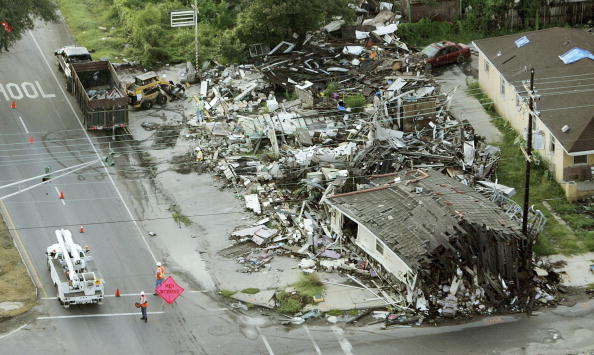 Damaged「New Orleans Faces One Year Anniversary Of Hurricane Katrina」:写真・画像(11)[壁紙.com]