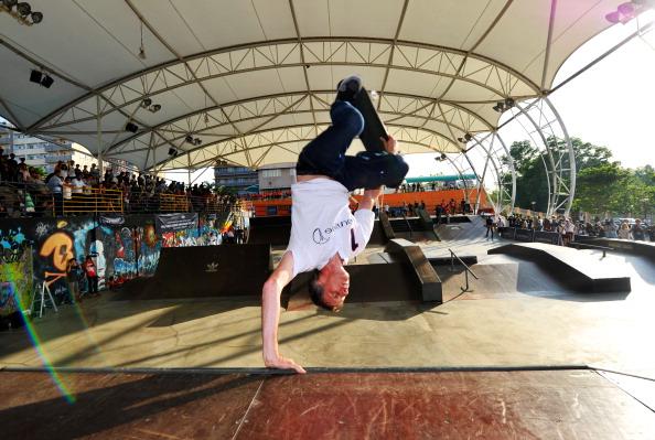 Skateboard Park「LWSA - Tony Hawk At Urban Skateboard Park」:写真・画像(19)[壁紙.com]