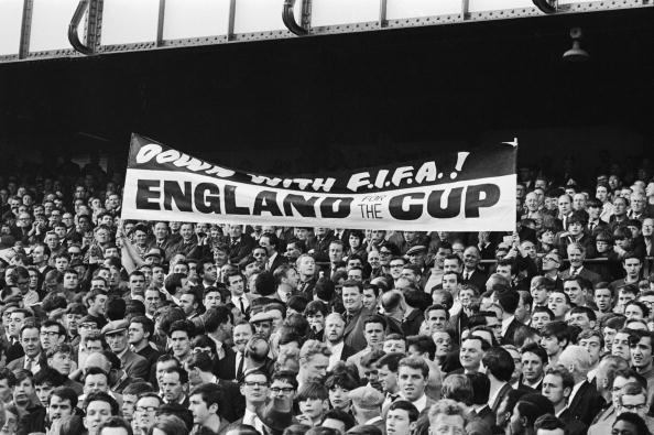 Decisions「Anti FIFA Banner」:写真・画像(1)[壁紙.com]