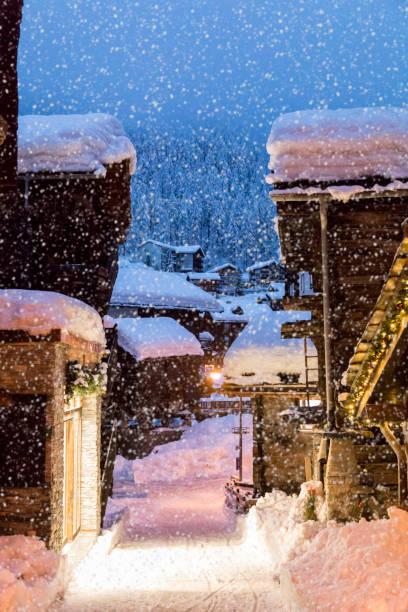 Old village. Zermatt. Switzerland:スマホ壁紙(壁紙.com)