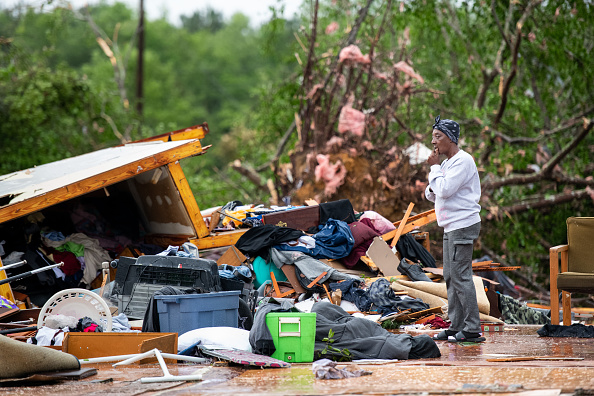 Southern USA「At Least 19 Dead As Severe Storms Spawn Tornados In Southern U.S.」:写真・画像(1)[壁紙.com]