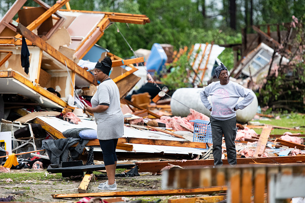 Damaged「At Least 19 Dead As Severe Storms Spawn Tornados In Southern U.S.」:写真・画像(14)[壁紙.com]