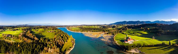 太陽の光「Germany, Bavaria, East Allgaeu, Fuessen, Prem, Aerial view of Lech reservoir」:スマホ壁紙(12)