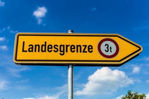 Geographical Border「Germany, Bavaria, Burghausen, Border sign」:スマホ壁紙(18)