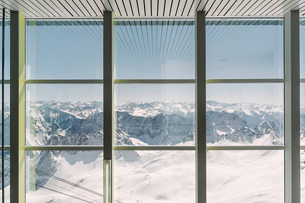 Germany, Bavaria, view through window from Zugspitze:スマホ壁紙(壁紙.com)