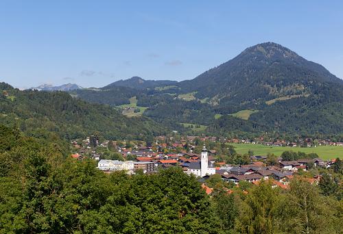 Bavarian Prealps「Germany, Bavaria, Upper Bavaria, Mangfall Mountains, View to Oberaudorf and mountain Wildbarren」:スマホ壁紙(7)