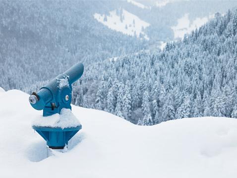 Eco Tourism「Germany, Bavaria, telescope in snow, winter」:スマホ壁紙(12)