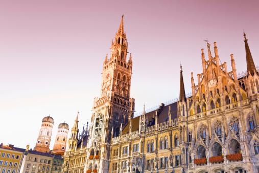 Munich「Germany, Bavaria, Munich, New Town Hall at Marienplatz」:スマホ壁紙(14)