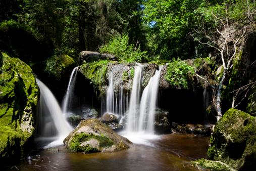 Bavarian Forest「Germany, Bavarian Forest, Steinklamm, Waterfall」:スマホ壁紙(16)