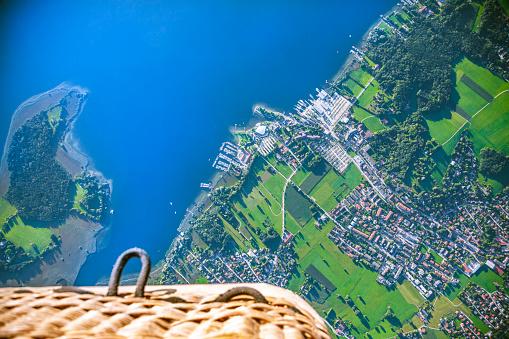 Dizzy「Germany, Bavaria, Chiemgau, Aerial view of Lake Chiemsee, Prien, view from air balloon」:スマホ壁紙(12)