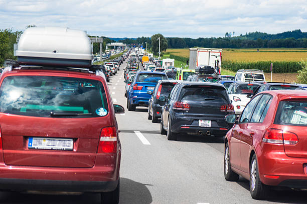 Germany, Bavaria, Traffic jam on A9 highway between Munich and Nuremberg:スマホ壁紙(壁紙.com)