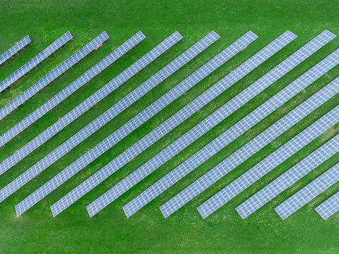 Side By Side「Germany, Bavaria, aerial view of solar panels」:スマホ壁紙(15)