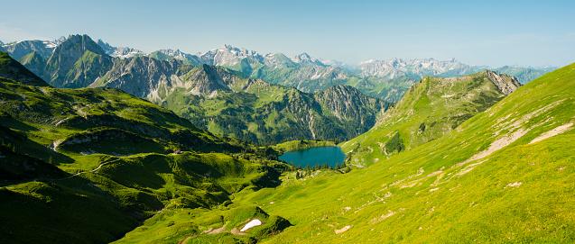 European Alps「Germany, Bavaria, Allgaeu Alps, view from Zeigersattel to Seealpsee」:スマホ壁紙(4)