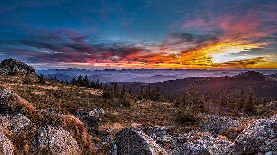Bavarian Forest「Germany, Bavaria, Bavarian Forest, Great Arber at sunset」:スマホ壁紙(1)