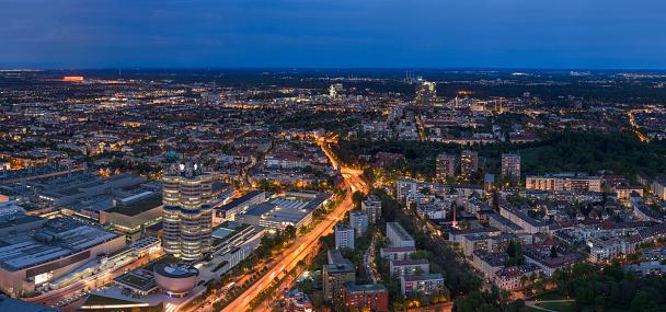Munich「Germany, Bavaria, City lights of Munich」:スマホ壁紙(4)