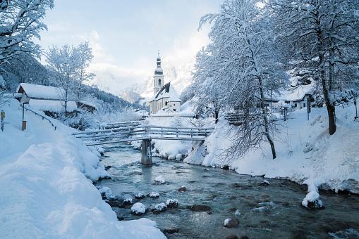 Footbridge「Germany, Bavaria, Ramsau bei Berchtesgaden, Church of St. Sebastian in deep snow」:スマホ壁紙(5)
