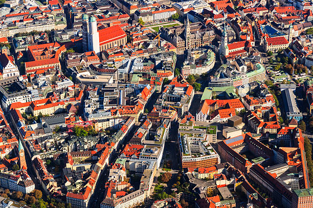 Germany, Bavaria, Munich, Aerial view of old town:スマホ壁紙(壁紙.com)