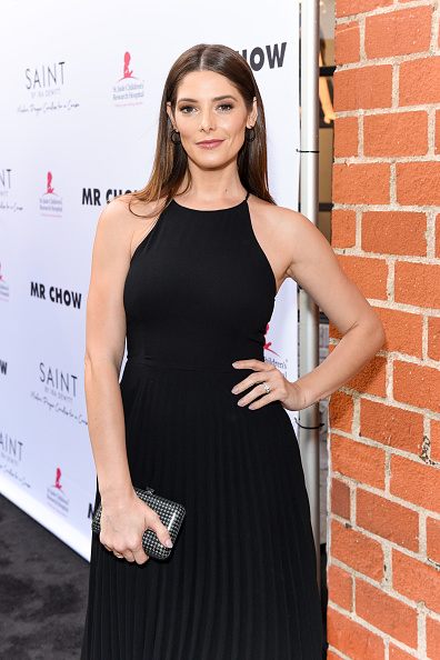 Ashley Greene「Ira and Bill DeWitt Host Saint Candle Launch benefiting St. Jude Children's Research Hospital at MR CHOW」:写真・画像(16)[壁紙.com]