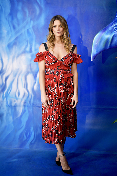 アシュリー グリーン「POPSUGAR x Freeform Mermaid Museum VIP Night」:写真・画像(11)[壁紙.com]