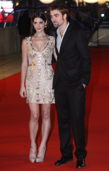 ロバート・パティンソン「'The Twilight Saga: Breaking Dawn - Part 2' - Brussels Premiere」:写真・画像(12)[壁紙.com]