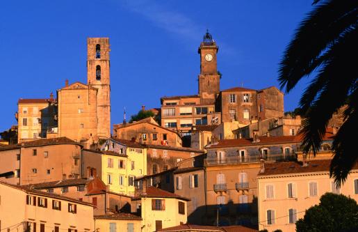 Grasse「Old town at sunrise (French perfume capital), Alpes-Maritimes region.」:スマホ壁紙(2)