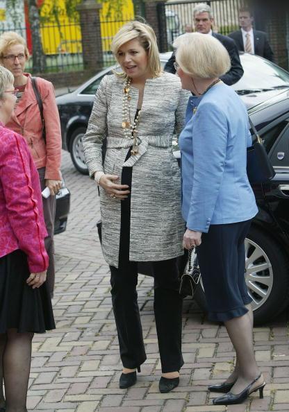 Netherlands「Dutch Princess Maxima Visits Anti Racism School」:写真・画像(6)[壁紙.com]