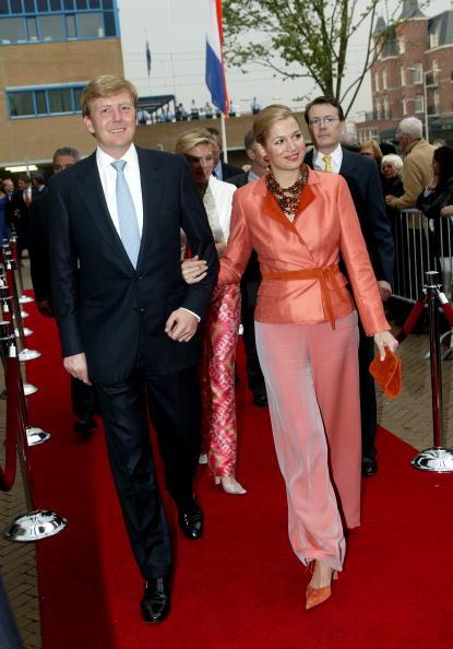 Michel Porro「Holland: Queen Beatrix Attends 65th Birthday Of Pieter Van Vollenhove」:写真・画像(11)[壁紙.com]