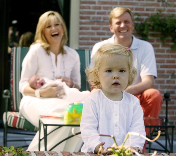Laughing「Dutch Crown Prince Willem-Alexander - Family Photocall」:写真・画像(1)[壁紙.com]