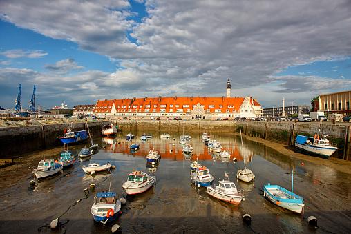 Calais「France, Brittany, Calais, Boats at fishing harbour」:スマホ壁紙(0)