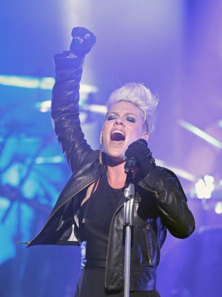 Leather Jacket「Pink Live At The Forum」:写真・画像(16)[壁紙.com]