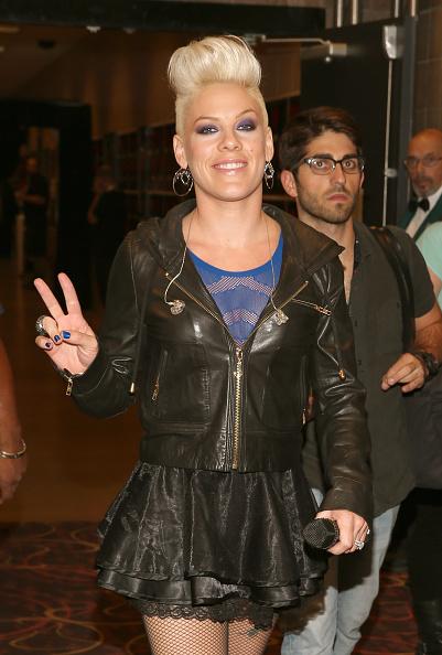 Leather Jacket「2012 iHeartRadio Music Festival - Day 2 - Backstage」:写真・画像(7)[壁紙.com]
