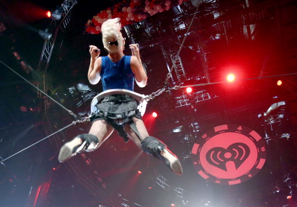 MGM Grand Garden Arena「2012 iHeartRadio Music Festival - Day 2 - Show」:写真・画像(11)[壁紙.com]