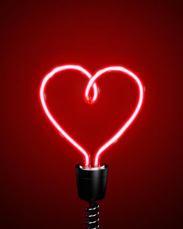 Vitality「Red heart shaped energy saving lightbulb」:スマホ壁紙(1)
