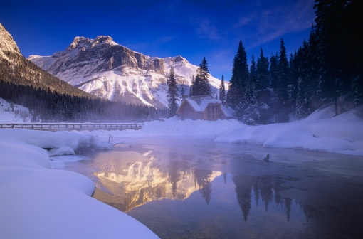 雪山「'Emerald Lake, Yoho National Park'」:スマホ壁紙(16)