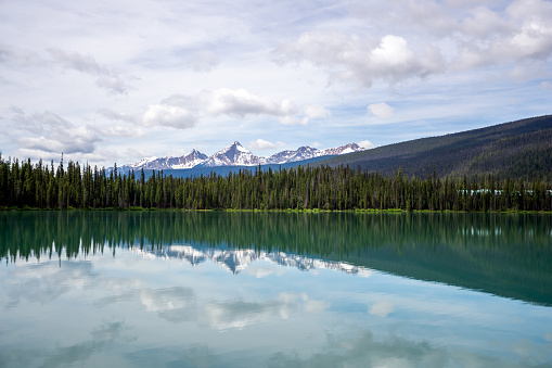 Yoho National Park「Emerald Lake in the morning, Yoho National Park, British Columbia, Canada」:スマホ壁紙(2)