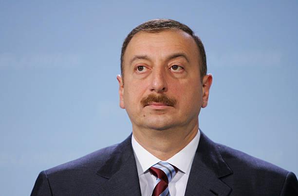 Merkel Meets With Azerbaijan President Ilham Aliyev:ニュース(壁紙.com)