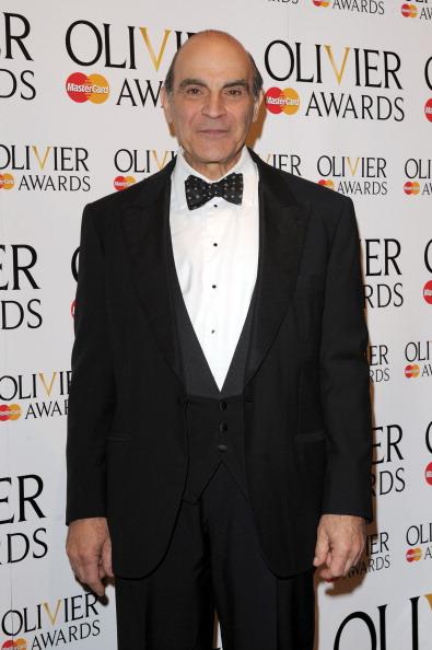 David Suchet「Olivier Awards 2012 - Press Room」:写真・画像(19)[壁紙.com]