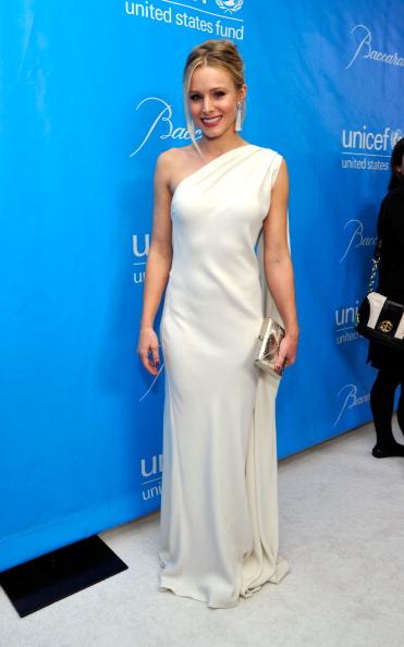 Kristen Bell「2011 UNICEF Ball Presented by Baccarat」:写真・画像(10)[壁紙.com]