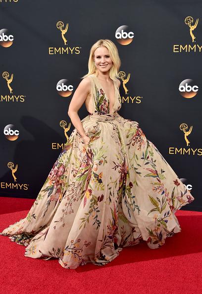 Kristen Bell「68th Annual Primetime Emmy Awards - Arrivals」:写真・画像(18)[壁紙.com]