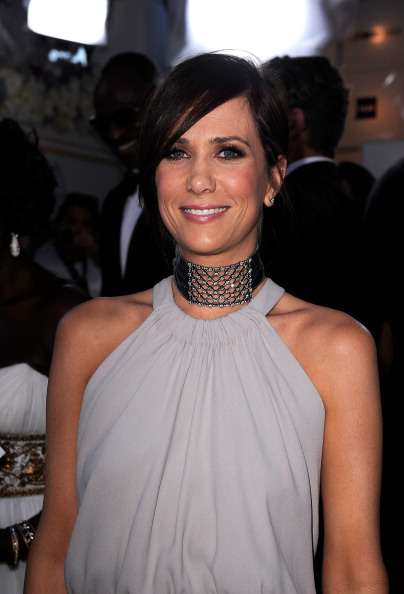 Short Necklace「18th Annual Screen Actors Guild Awards - Red Carpet」:写真・画像(19)[壁紙.com]