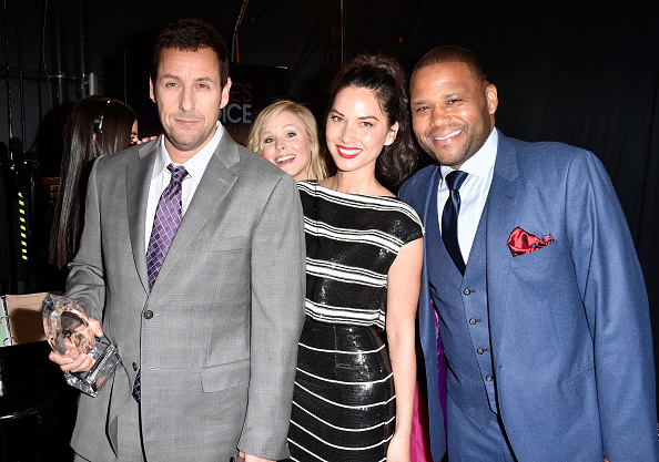 St「The 41st Annual People's Choice Awards - Backstage And Audience」:写真・画像(14)[壁紙.com]