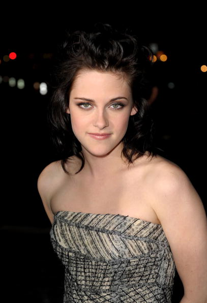 "Summit Entertainment「""The Twilight Saga: New Moon"" Los Angeles Premiere - Arrivals」:写真・画像(19)[壁紙.com]"