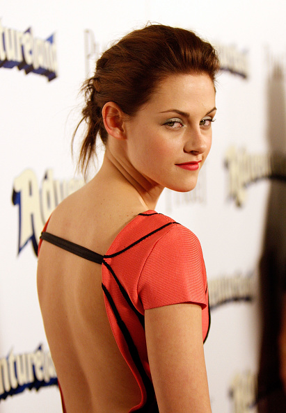 "Pencil Dress「Premiere Of Miramax Films' ""Adventureland"" - Arrivals」:写真・画像(1)[壁紙.com]"