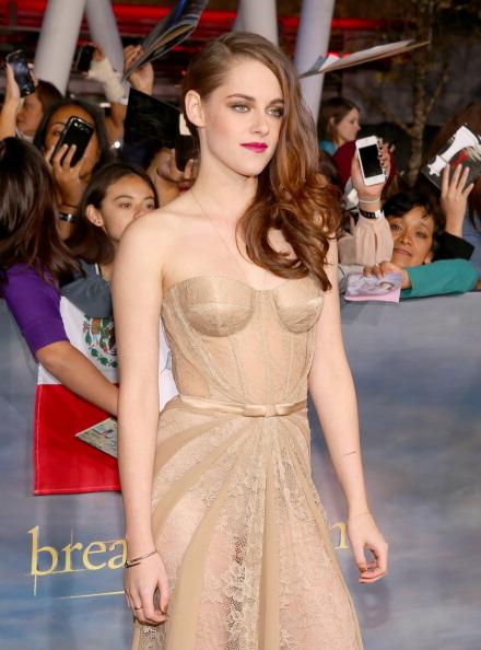 "Hair Part「Premiere Of Summit Entertainment's ""The Twilight Saga: Breaking Dawn - Part 2"" - Red Carpet」:写真・画像(1)[壁紙.com]"