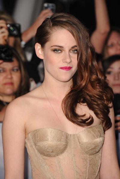 "Film Premiere「Premiere Of  Summit Entertainment's ""The Twilight Saga: Breaking Dawn - Part 2"" - Arrivals」:写真・画像(3)[壁紙.com]"