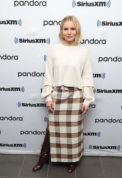 Kristen Bell「SiriusXM's Town Hall Special With The Cast Of Frozen 2 At The SiriusXM Studios In New York City」:写真・画像(8)[壁紙.com]