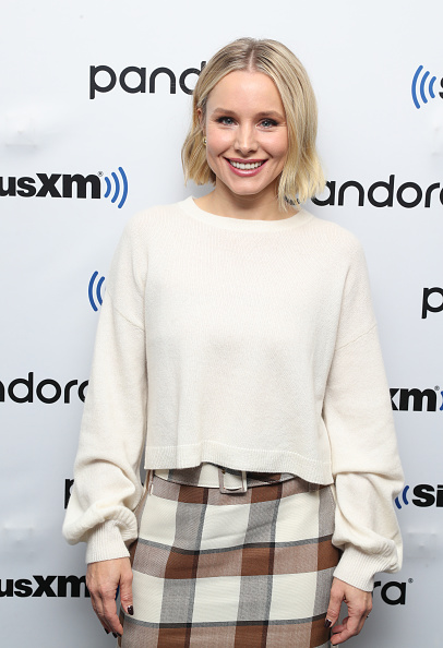 Kristen Bell「SiriusXM's Town Hall Special With The Cast Of Frozen 2 At The SiriusXM Studios In New York City」:写真・画像(2)[壁紙.com]
