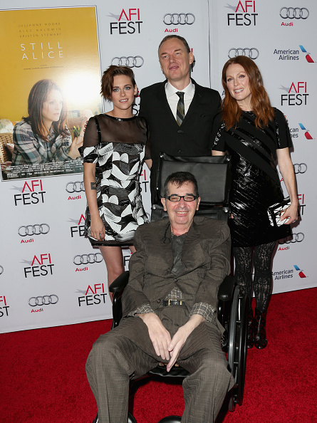 """Louis Vuitton Purse「AFI FEST 2014 Presented By Audi Special Screening Of """"Still Alice"""" - Arrivals」:写真・画像(2)[壁紙.com]"""