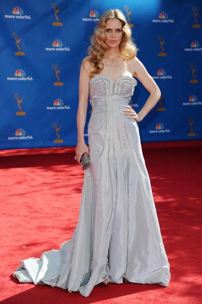 Strapless Dress「62nd Annual Primetime Emmy Awards - Arrivals」:写真・画像(10)[壁紙.com]