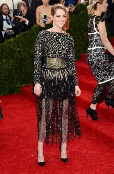 "Chanel Dress「""Charles James: Beyond Fashion"" Costume Institute Gala - Arrivals」:写真・画像(6)[壁紙.com]"